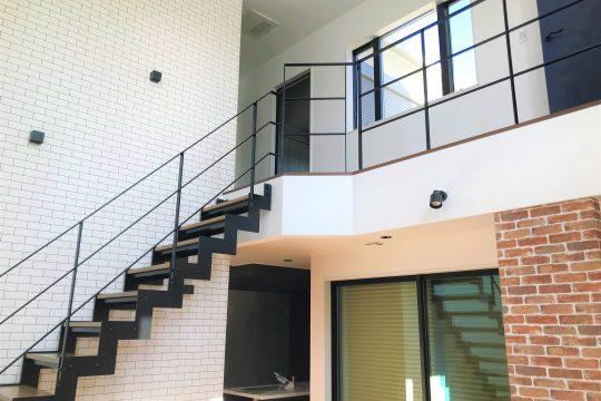 インスタ映え「スチール階段」